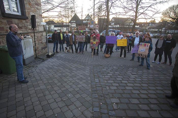 Friedliche Demonstration gegen AfD-Veranstaltung in Dierdorf