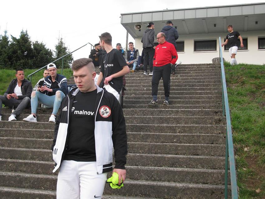 A-Junioren der JSG Laubachtal patzen gegen Weitefeld