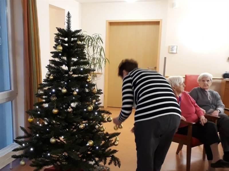 Altenheim Kirchen: Weihnachtliche Nächstenliebe in Corona-Zeiten