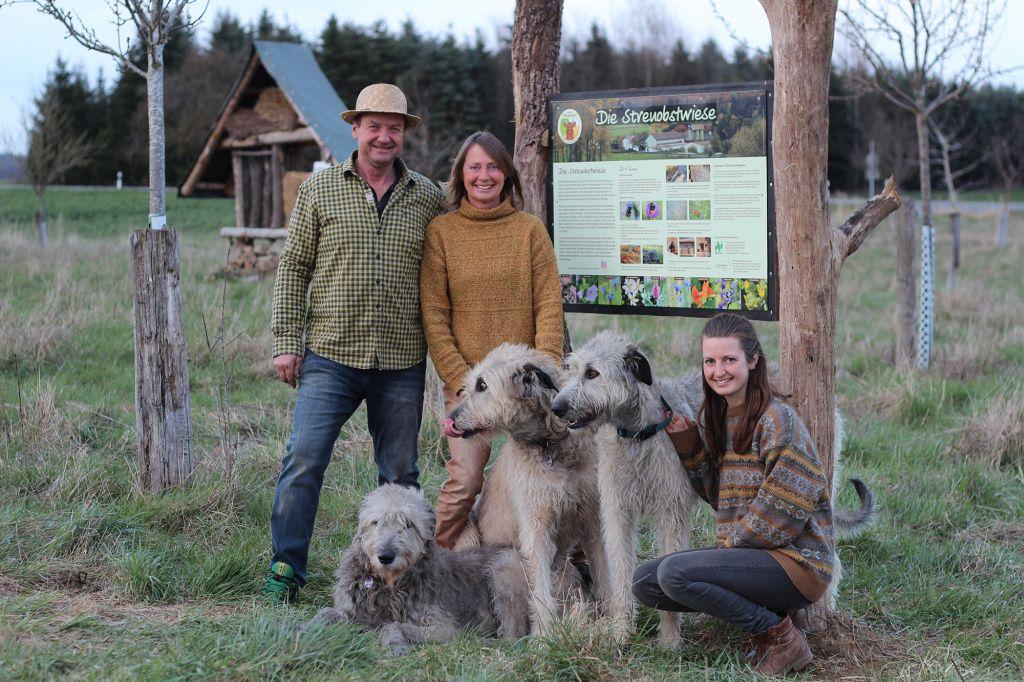 Naturland Betrieb von Familie Aller gewinnt NABU-Preis