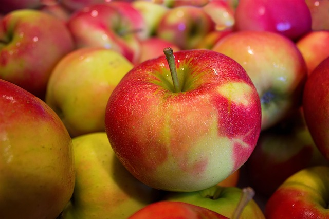Brückrachdorf feiert zum zehnten Mal Apfel- und Weinfest