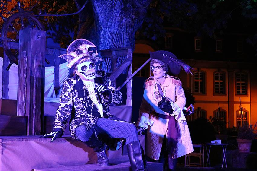 Kindertheater in Dernbach zu Halloween