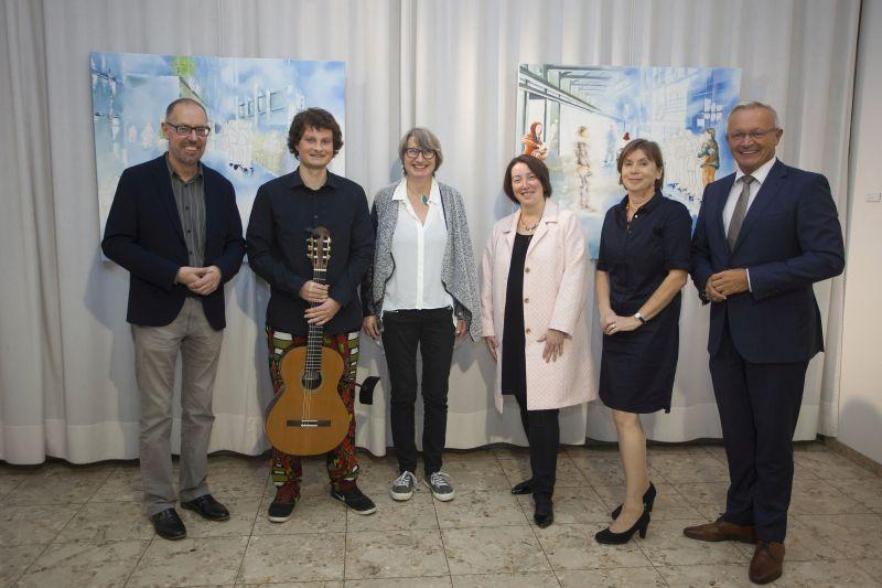 """Ausstellung """"Lebens(t)raum"""" der Künstlerin Barbara Schwinges im Kreishaus Neuwied"""
