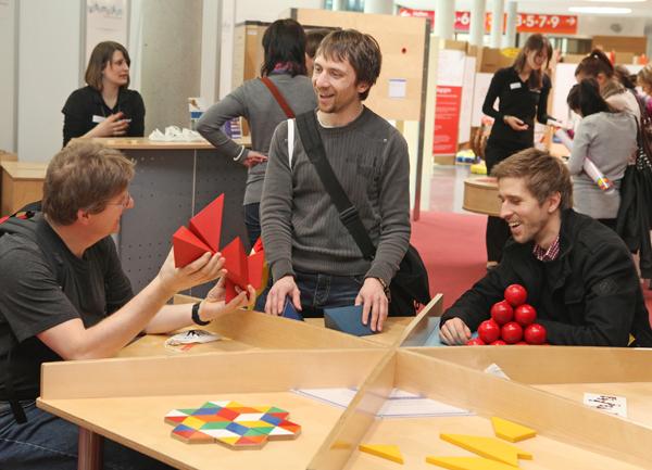 Mathematik zum Anfassen - Die Entdecker-Ausstellung