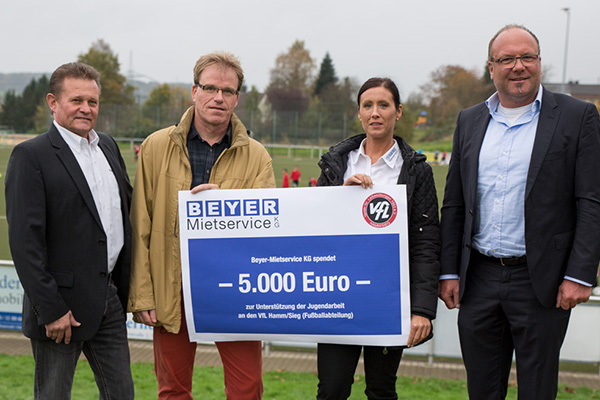 5.000 Euro f�r Kinder- und Jugendfu�ball des VfL Hamm