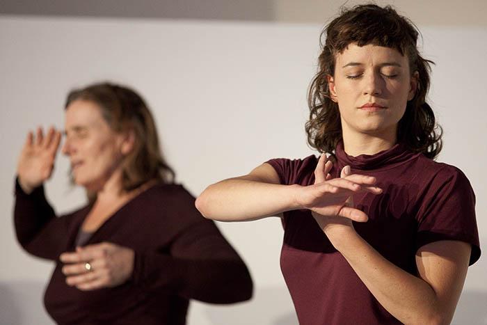 Tanzend den eigenen Glauben vertiefen
