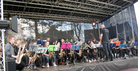 Big Band der IGS Hamm war Gast bei der Waldbr�ler Einkaufsnacht