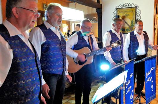Weihnachtliche Feier der Senioren im Orfgener Sch�tzenhaus
