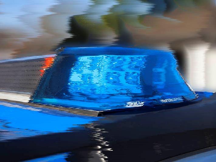 Herdorf: Totalschaden nach Trunkenheits-Fahrt und Unfallflucht eines Holz-Lkw