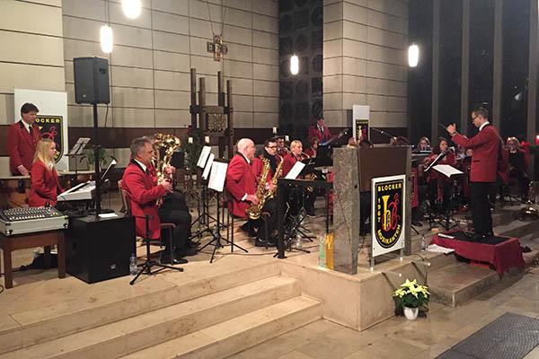 Blocker Musikanten musizieren in der Kirche in Block