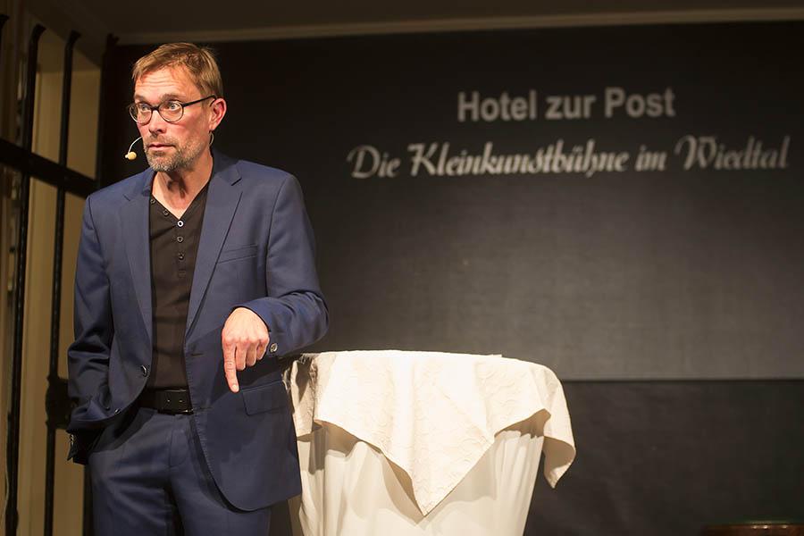 Ingo Börchers erklärte in Waldbreitbach die Google-Welt