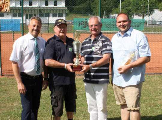 Melsbach Sieger des Wanderpokals beim 2. VG Boule-Turnier