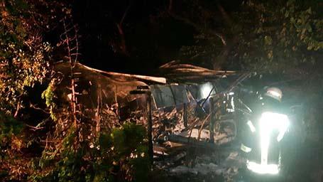 Gartenh�tte in Mudersbach brennt komplett ab