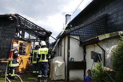 Scheune brannte nieder - Wohnhaus gerettet
