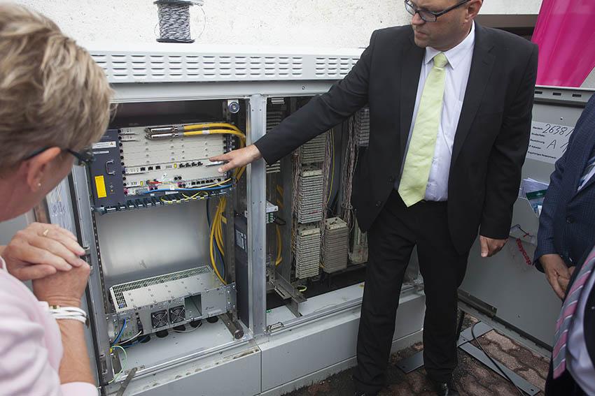 Breitband: Erster Bauabschnitt ist am schnellen Netz