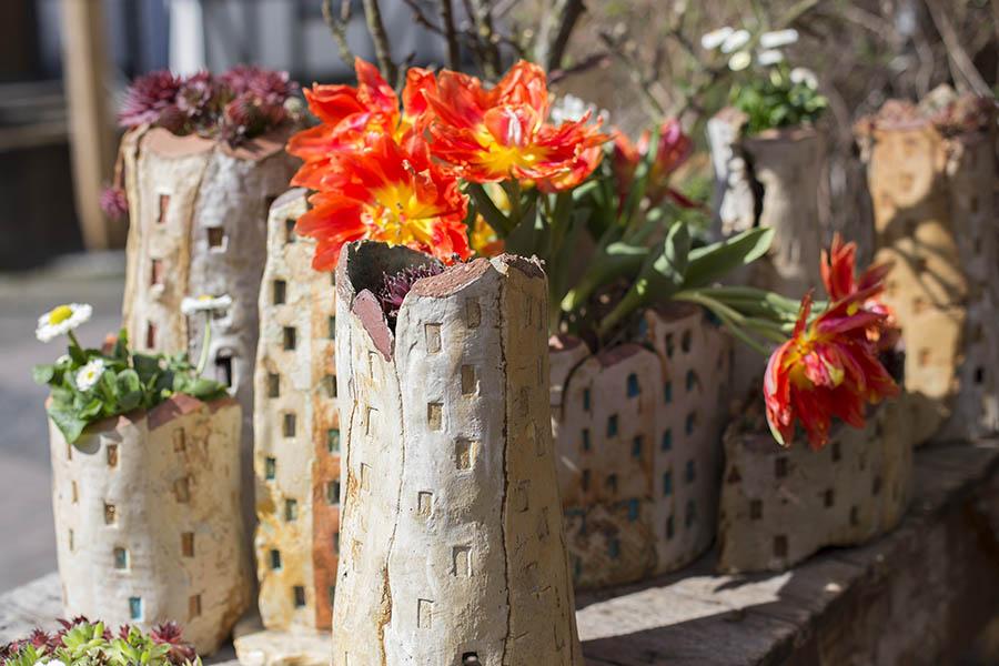 Munteres Frühlingserwachen bei Keramikern in Höhr-Grenzhausen