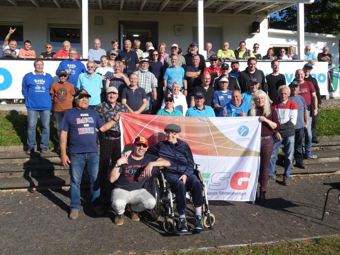 Herbst-Boule-Turnier in Brachbach zog viele Teilnehmer aus nah und fern an