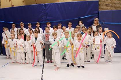 Erfolgreiche Pr�fungen beim Budo-Sportclub Herdorf