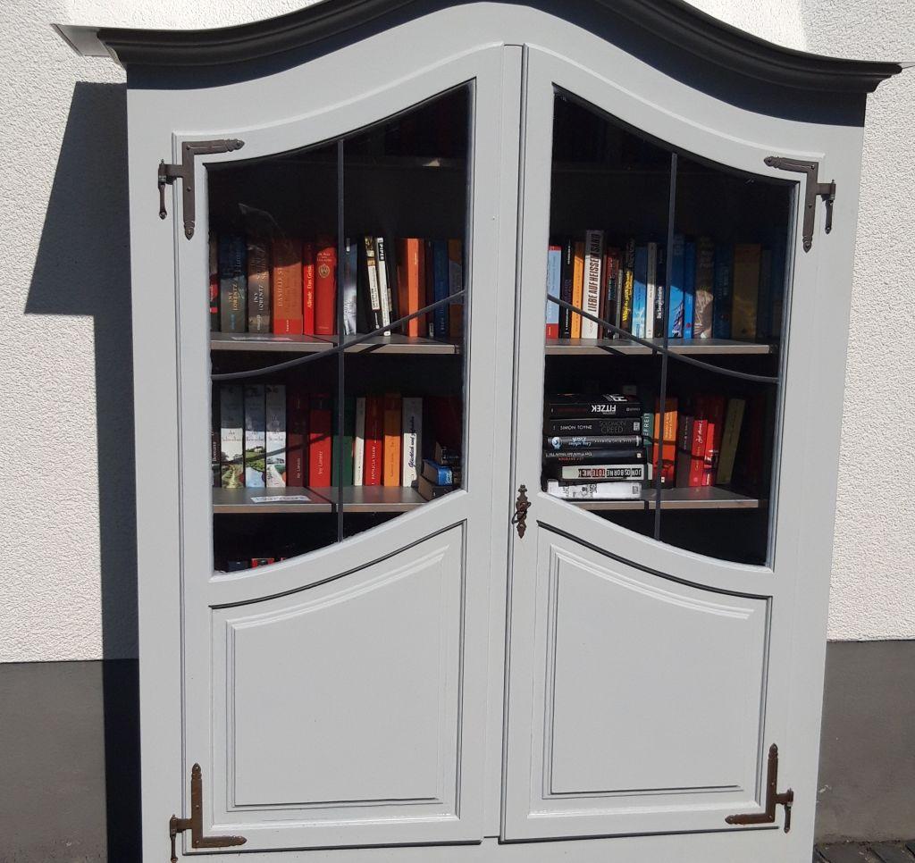 Leseratten aufgepasst: Bücherschrank in Urbach