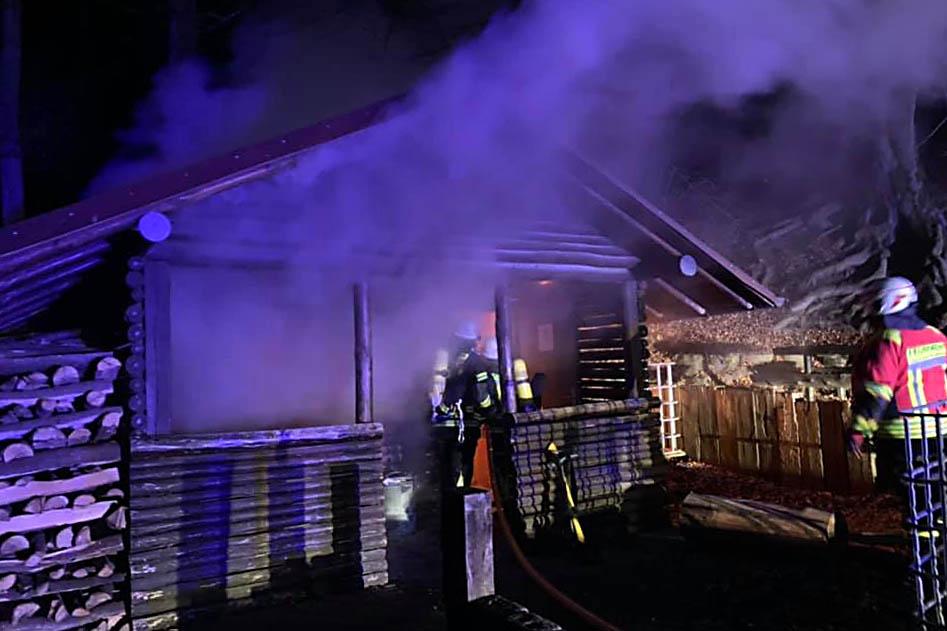 Burschenhütte in Niederhonnefeld brannte