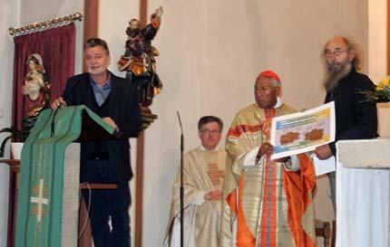 Weltladen Betzdorf spendete 1300 Bäume für Wald in Bolivien