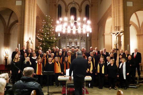 Weihnachtliches Konzert in der Engerser Pfarrkirche