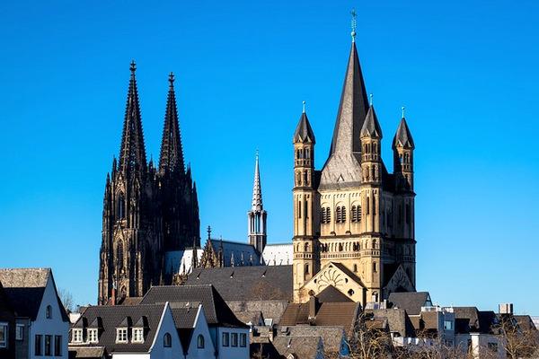 Von Kirche zu Kirche: Ein Lauferlebnis der etwas anderen Art bietet der Church Trail in Köln. (Symbolfoto: Thomas B. auf Pixabay)