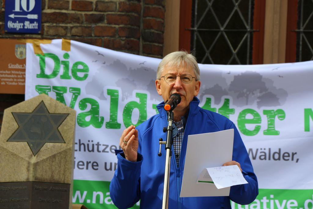 Demo für Erhalt der Lebensräume und Schutz der Artenvielfalt