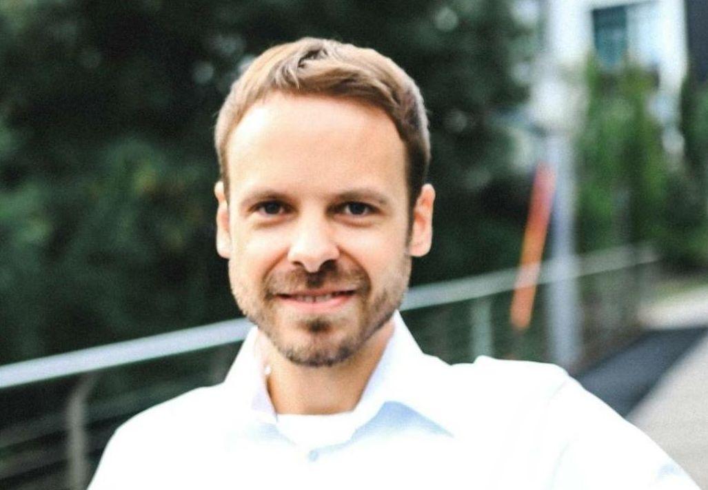 Dennis Sturm gegen Ausgangssperren