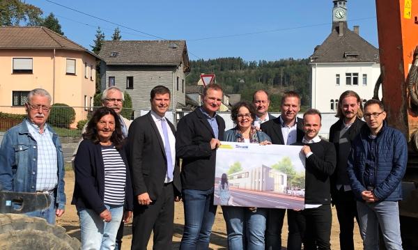 Unternehmensansiedlung: Strunk Zahntechnik KG baut in Mudersbach