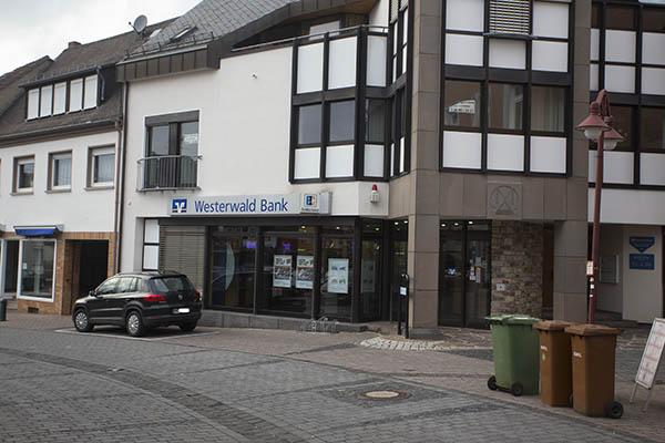 Volksbank Westerwald verlässt Dierdorfer Innenstadt