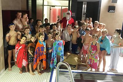 Nikolaus besuchte Kinder der DLRG Hamm/Sieg