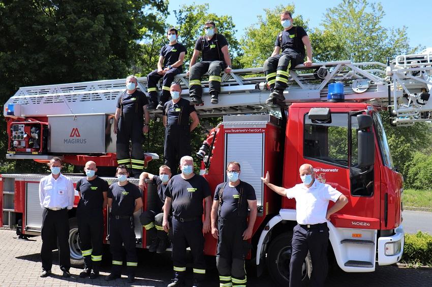 Feuerwehrleute absolvieren erfolgreich Drehleiter-Lehrgang