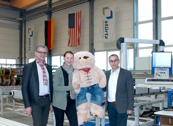 """Stürtz Maschinenbau spendet zu Weihnachten an """"kinderherzen"""""""