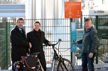 E-Bike Tankstelle am Krankenhaus Altenkirchen in Betrieb genommen