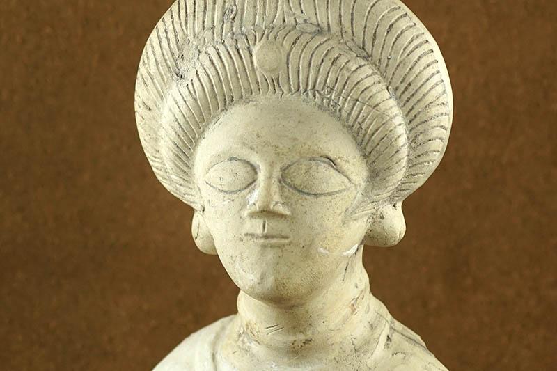 Die römische Dame aus Remagen zu Besuch in der Römer-Welt