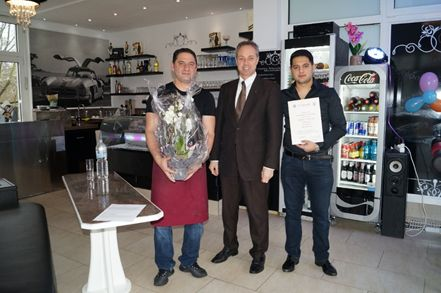 "Eröffnung des Cafés ""Di Antonio"" in Ransbach-Baumbach"