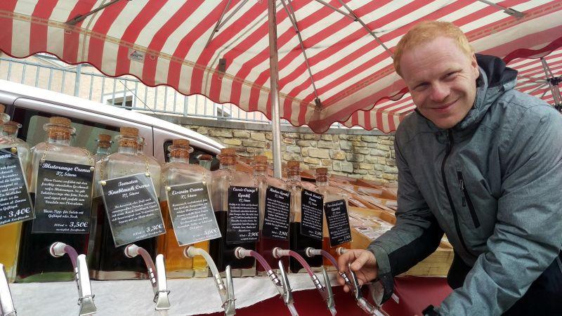 Wochenmarkt in Höhr-Grenzhausen feiert ersten Geburtstag