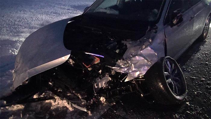 Unfall bei Schneeglätte mit drei Verletzten