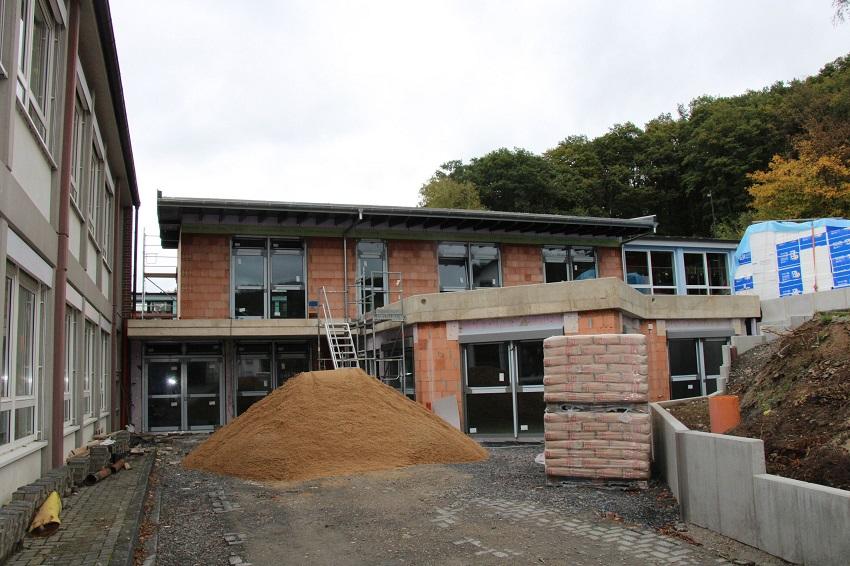 Erweiterungsbau für Kita und Grundschule Etzbach soll Ende des Jahres fertig werden