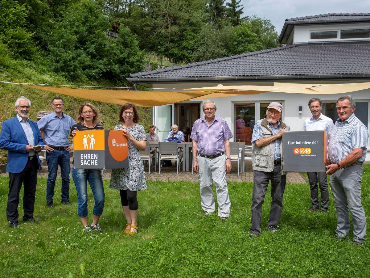 Energieunternehmen unterstützt Tagestreff Kronenburg und Westerwaldvereine