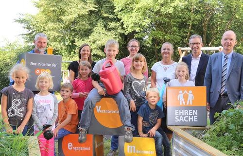 """""""EVM-Ehrensache"""": Spende für Förderverein der Grundschule Hilgert"""