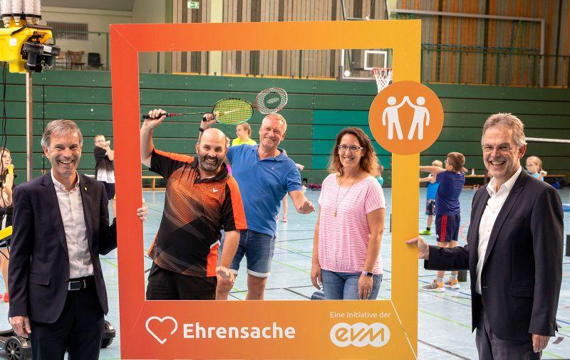 2.000 Euro Unterstützung für Musik und Sport