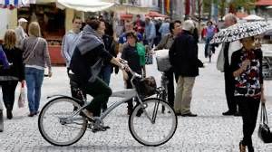 Frühling und Sonnenschein locken Fahrradfahrer auf die Straßen