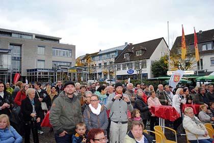 Herbstfashion in Altenkirchen lockte die Besucher