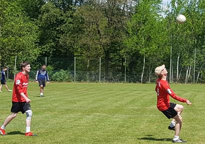 VfL Kirchen: Faustball-M�nner bleiben sieglos