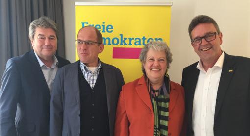 Kreistagswahl 2019: Piske und Lautwein f�hren FDP-Kandidatenliste an