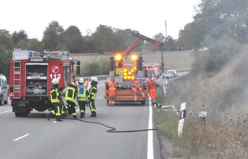 Flächenbrand an der Bundesstraße zwischen Neitersen und Schürdt