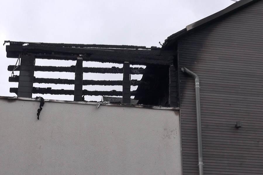 Bad Marienberg - Dachstuhl Mehrfamilienhaus geriet in Brand