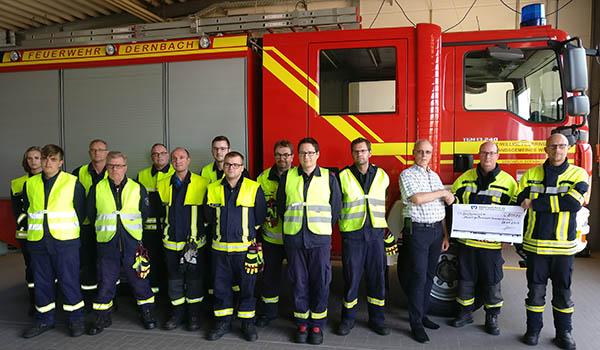 Feuerwehr Dernbach freut sich über großzügige Spende